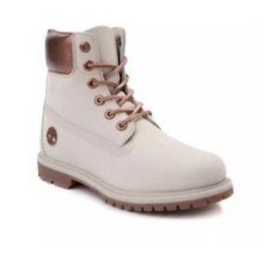 TIMBERLAND boots size 7.5 A1Q9G
